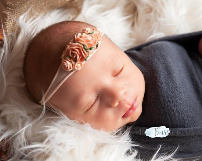 Zack and Kate - Minnie Newborn-22